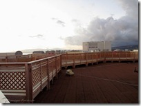 屋上のデッキ